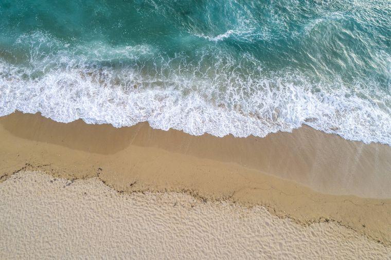 Mit zu den schönsten Stränden Griechenlands gehört der Vrachos Beach in Epirus.