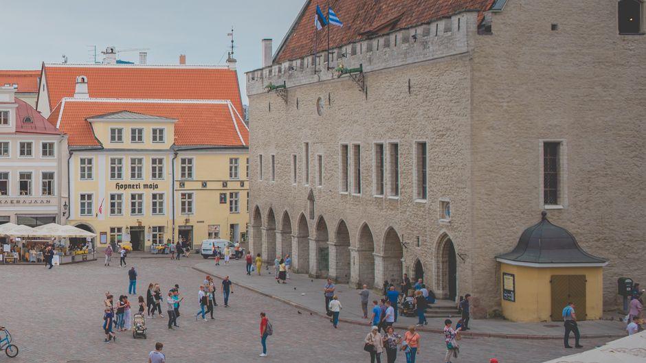 Der Rathausplatz von Tallinn.