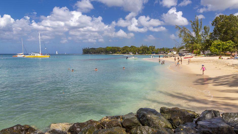 Holetown Beach auf Barbados.