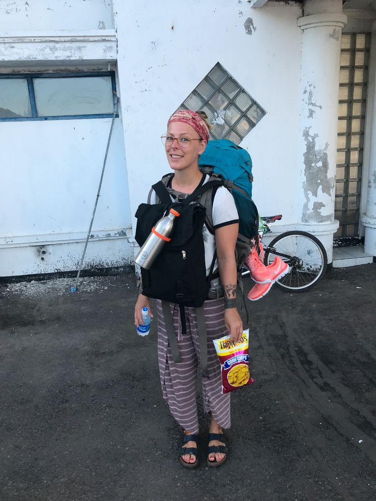 Seitdem sie vor sechs Jahren Indonesien mit dem Rucksack erkundet und sich in das Land verliebt hat, kehrt Leo immer wieder zurück.