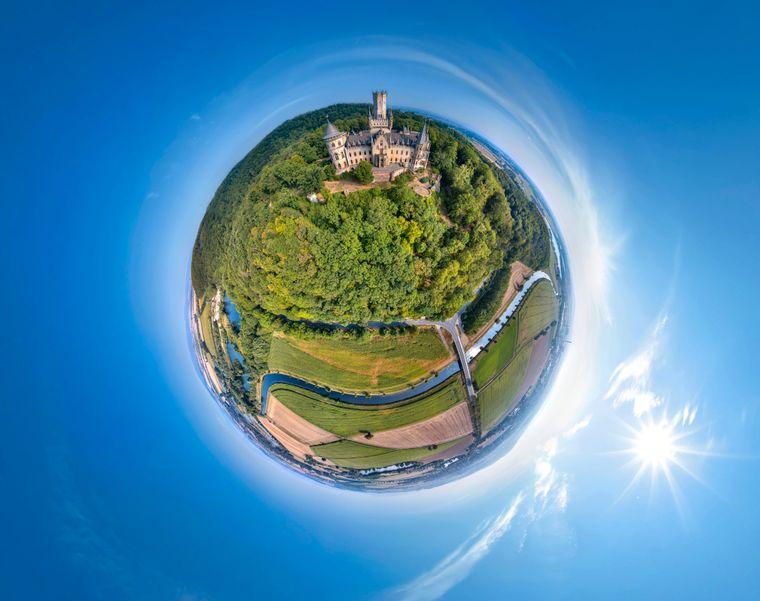 Hannovers Marienburg von oben