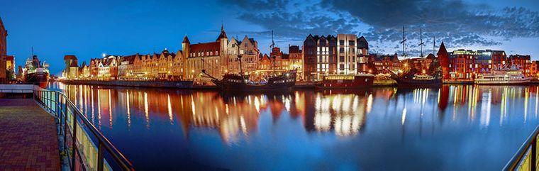 Danzigs Altstadt am Ufer der Mottlau