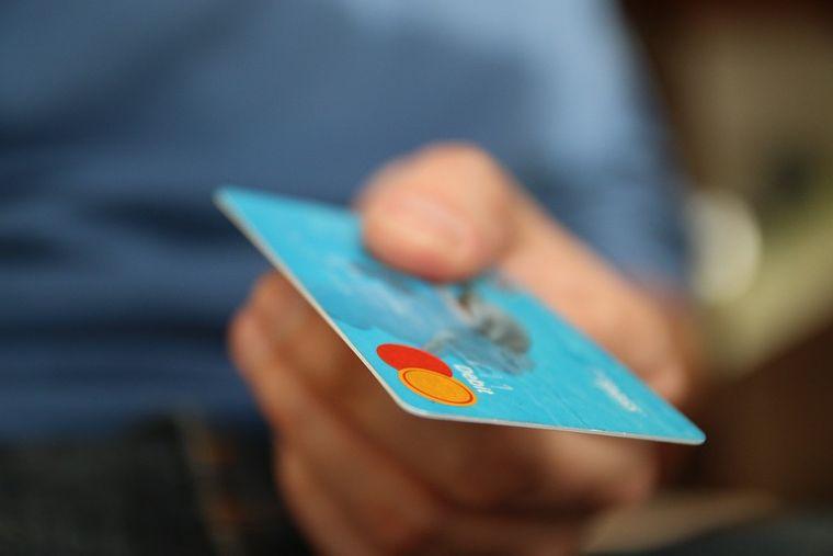 In einigen Ländern ist die Kreditkarte ein einfaches und unkompliziertes Zahlungsmittel: Norwegen, Dänemark, Niederlande.