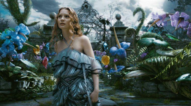 """Szene aus dem Film """"Alice im Wunderland"""" von Tim Burton."""