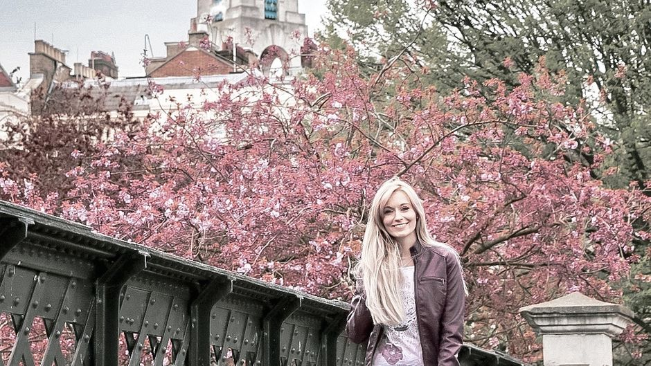 Reisebloggerin Lana unterwegs im Regent's Park in London.