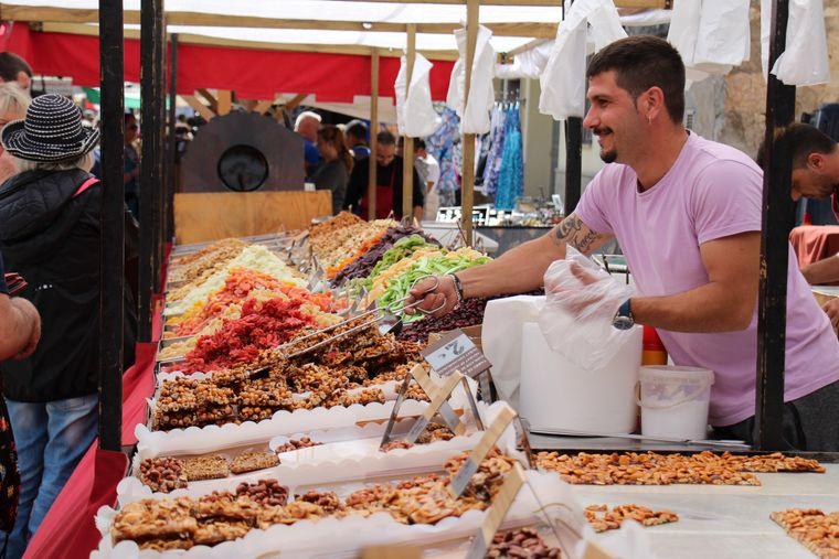 Wirklich süß: Karammellisierte Nüsse und Mandeln gehören auf Mallorca einfach dazu.