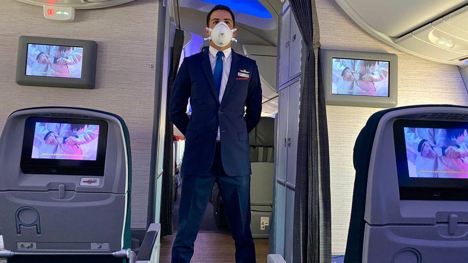 Durch die Pandemie verändert sich auch im Flugzeug jetzt einiges. (Symbolbild)