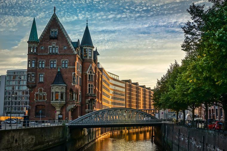 Hamburg hat mehr Brücken als Amsterdam und Venedig zusammen. (Symbolbild)