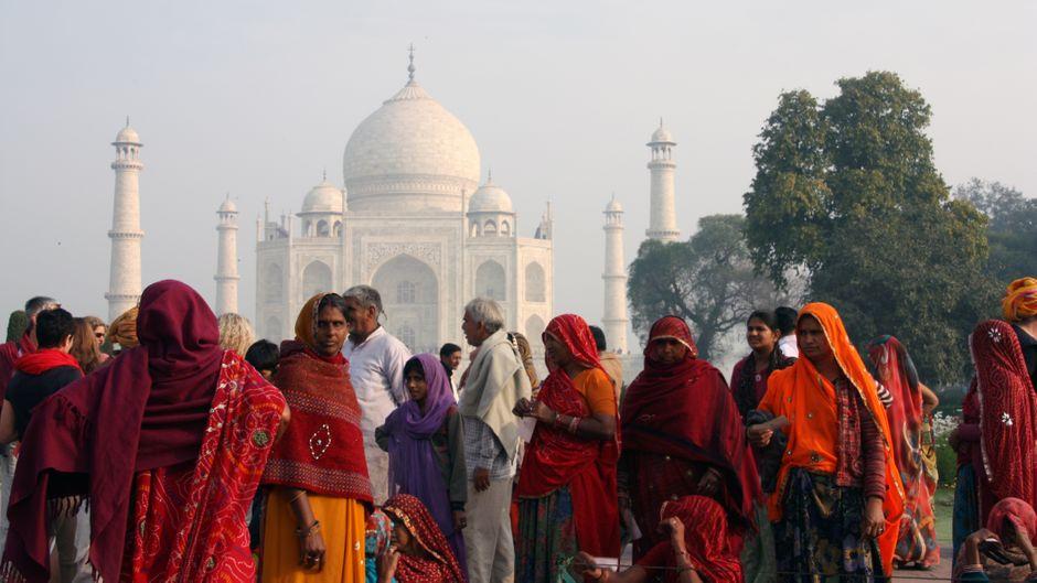 Bisher zahlten Inder 50 Rupien Eintritt für den Taj Mahal, jetzt sind es 250.