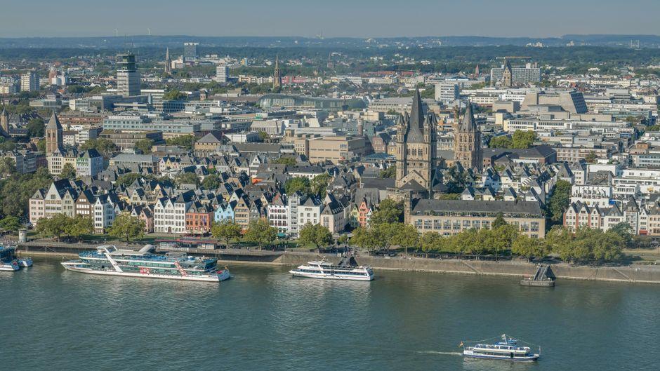 Shopping, Sightseeing, Karneval: Köln hat einiges zu bieten. In diesen preiswerten und schönen Unterkünften kannst du während deines City-Trips übernachten.