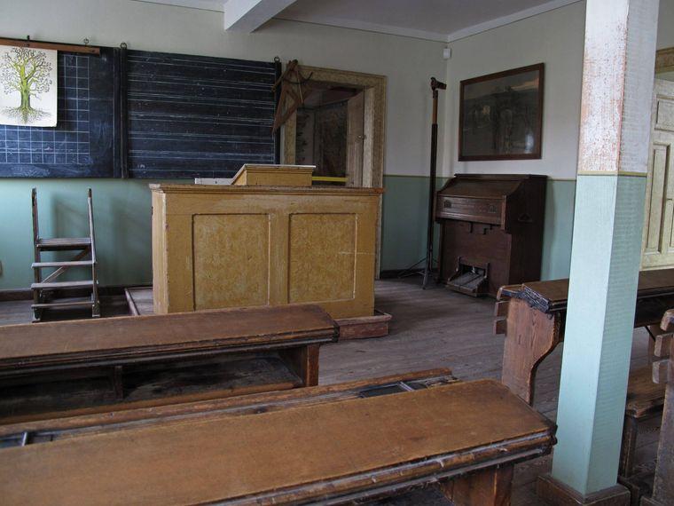 So sah es früher in den Dorfschulen aus.