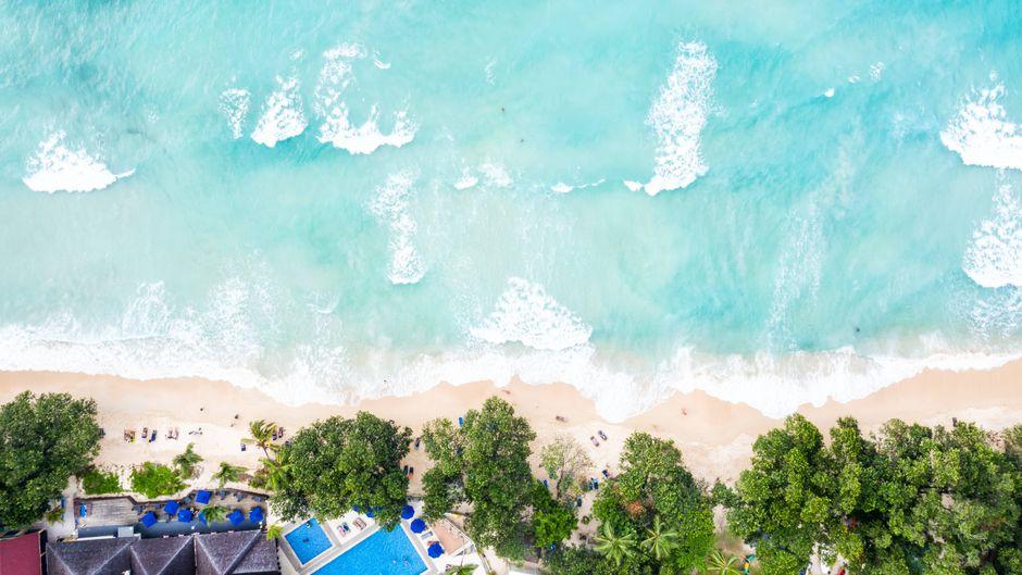Dieser Traumstrand liegt in der Karibik. Oder?