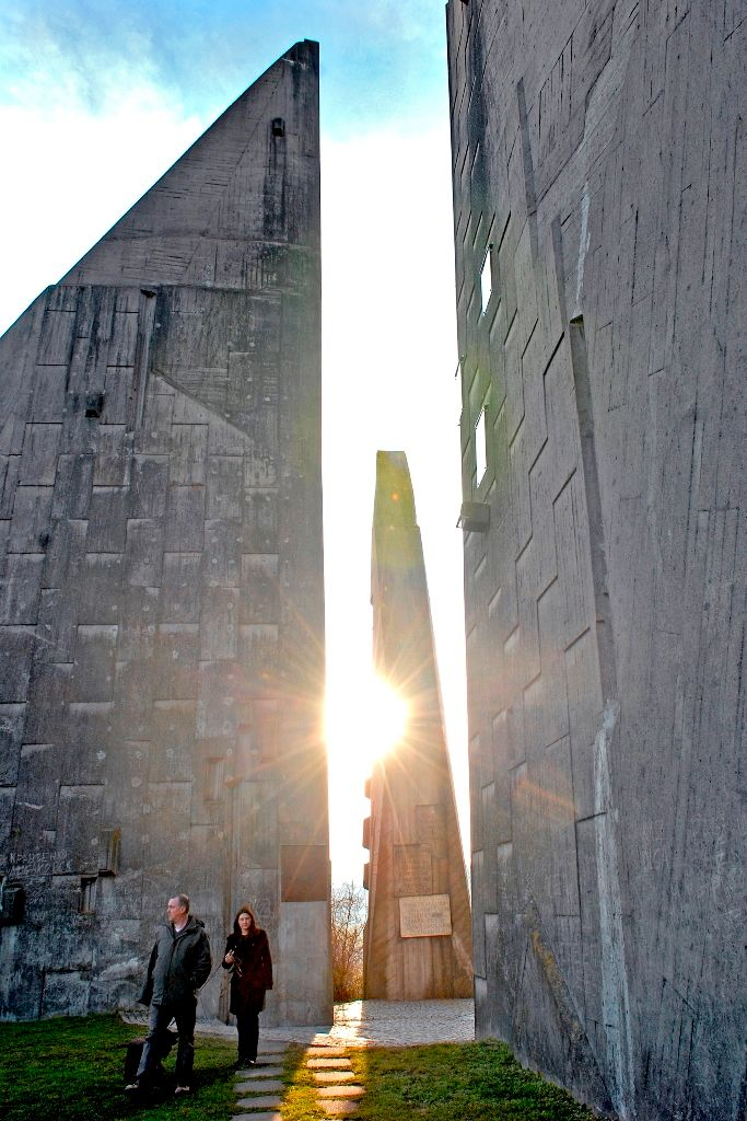 Weithin sichtbar steht das Heimkehrer-Denkmal in Friedland.