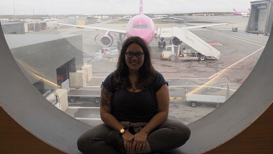 reisereporter Evelyn ist mit einem Billigflieger nach Amerika geflogen.