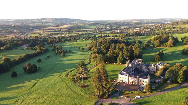 Der historische Park des Ashton Court Estate liegt nur wenige Kilometer von Stadtzentrum Bristols entfernt.