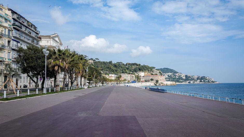 Die Promenade im französischen Küstenort Nizza ist normalerweise gut besucht. (Symbolbild)