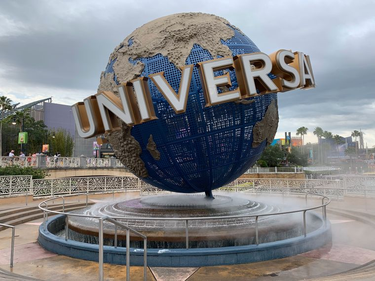 Die Universal Parks bieten gleich drei Mega-Attraktionen: die klassischen Universal Studios Florida, Islands of Adventure und Volcano Bay.