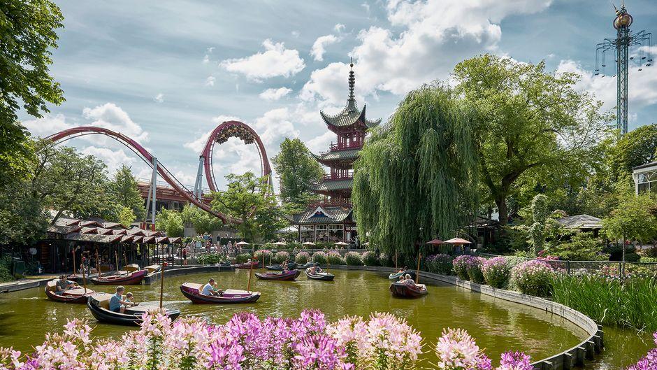 Das Tivoli in Kopenhagen ist der zweitälteste Vergnügungspark der Welt.