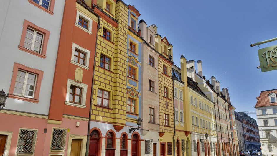 Schöne Altbauten findest du in Breslau überall.