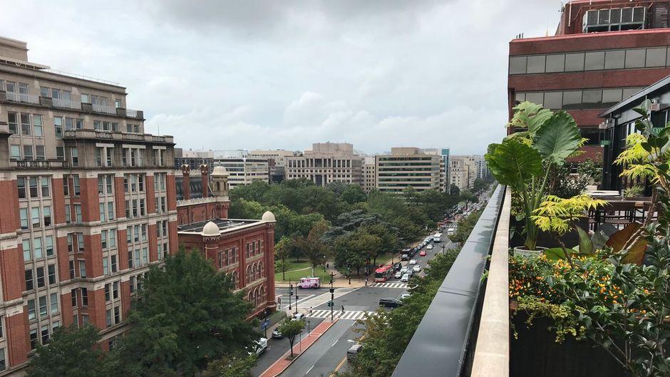 Blick vom Coworking Space des Eaton DC, auch als Anti-Trump-Hotel bekannt.