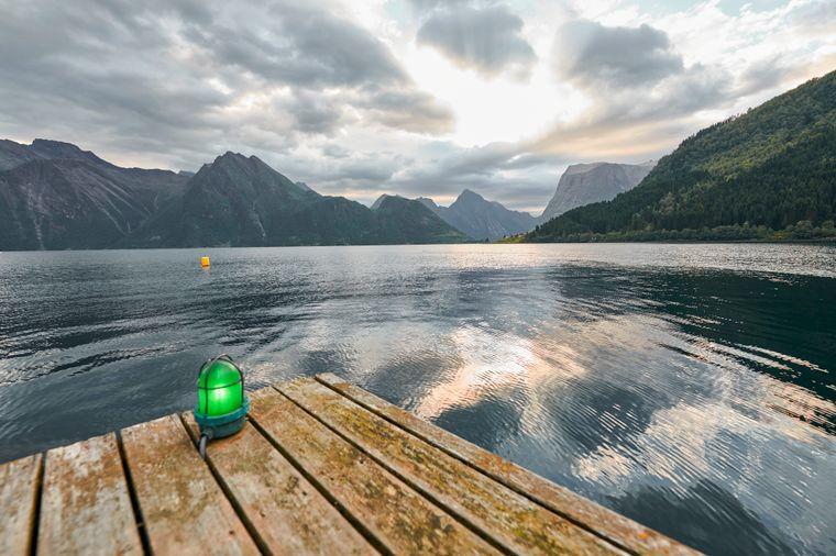 Der Hjørundfjord bietet Ruhe und beste Sicht auf die Sunnmøre-Alpen.