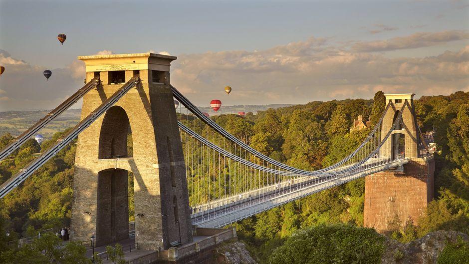 Bristols Wahrzeichen: Die Clifton Suspension Bridge spannt sich über den Fluss Avon.
