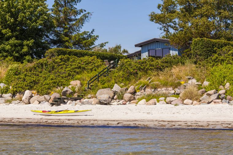 Ferienhaus auf der Insel Møn am Strand in Dänemark
