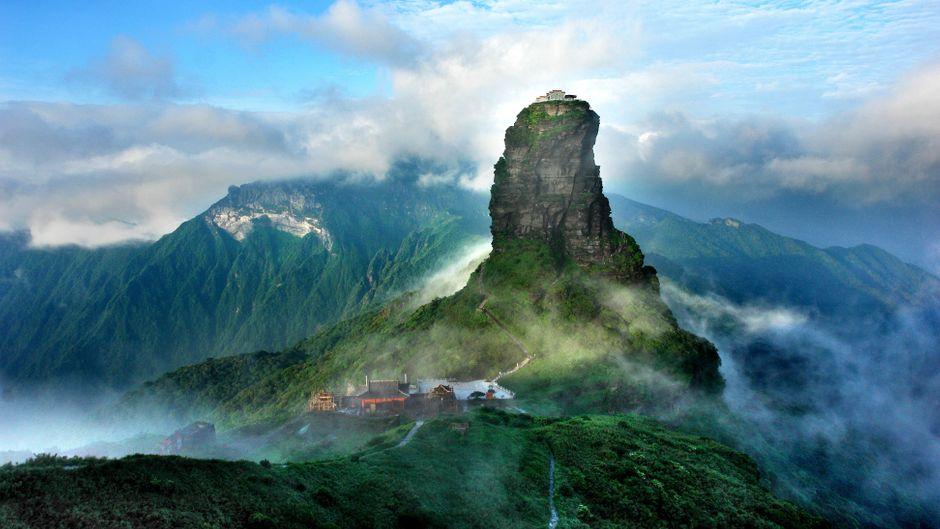 Wow, was für ein Panorama! Der Berg Fanjingshan ist eine von 19 neuen Welterbe-Naturstätten.