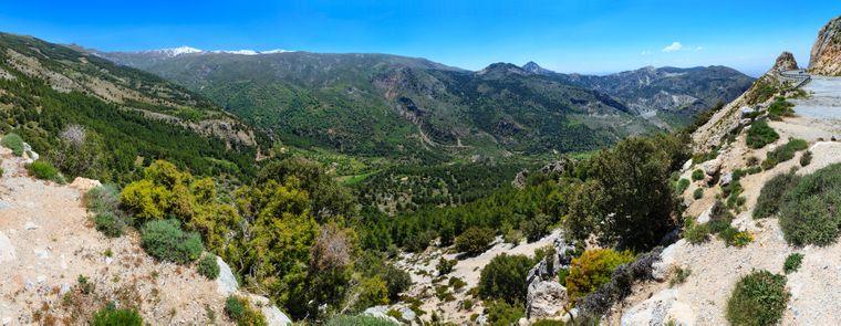 Der Sierra-Nevada-Nationalpark ist allein schon eine Reise wert.