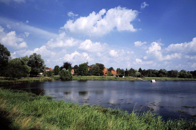 Der herrliche Klostersee bei Walsrode lädt zum Verweilen ein.