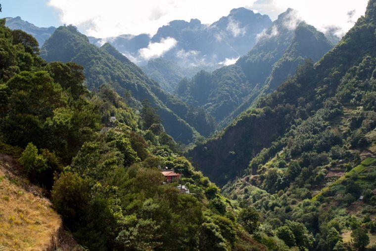 Der Balcoes Viewpoint gehört zu den beliebtesten Aussichtsplattformen Madeiras.
