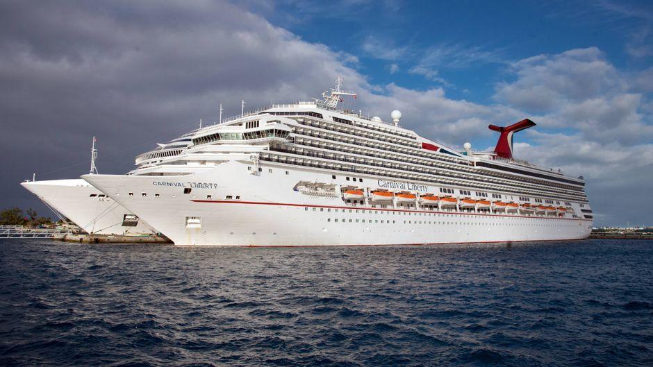 """Das Kreuzfahrtschiff """"Carnival Liberty"""" von Carnival Cruises."""