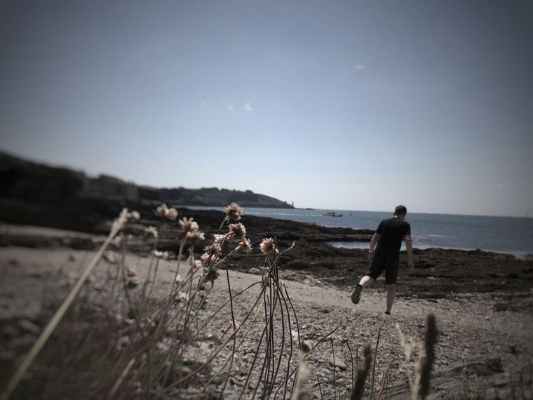 Rolf Grotegut macht einen Roadtrip und genießt die Zeit am Strand.