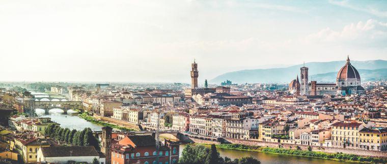 Panorama von Florenz mit dem Wahrzeichen der Stadt, der Kathedrale.