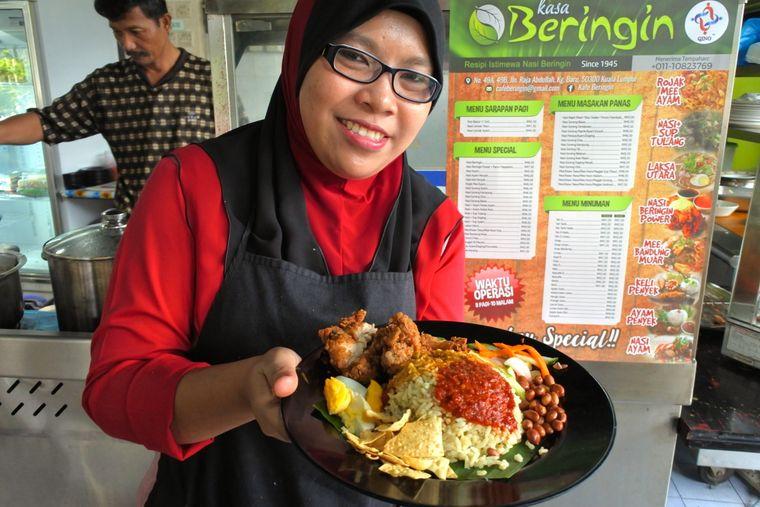 Günstig, gesund, lecker: Streetfood in Kuala Lumpur.