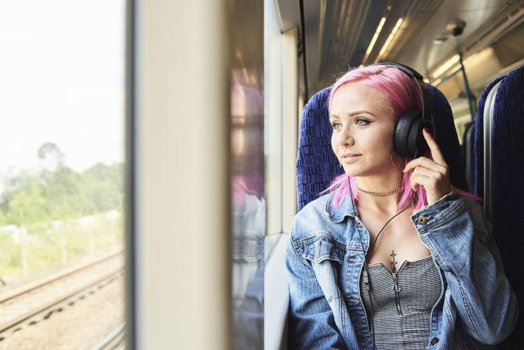 Musik nur mit Kopfhörer, aber auch da gilt: Kontrolliere deine Lautstärke.