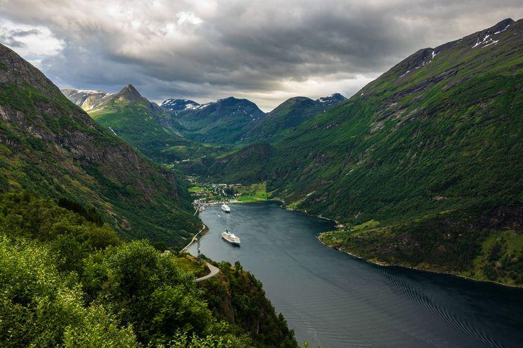 Der Geirangerfjord in Norwegen ist der größte Fjord in ganz Skandinavien.