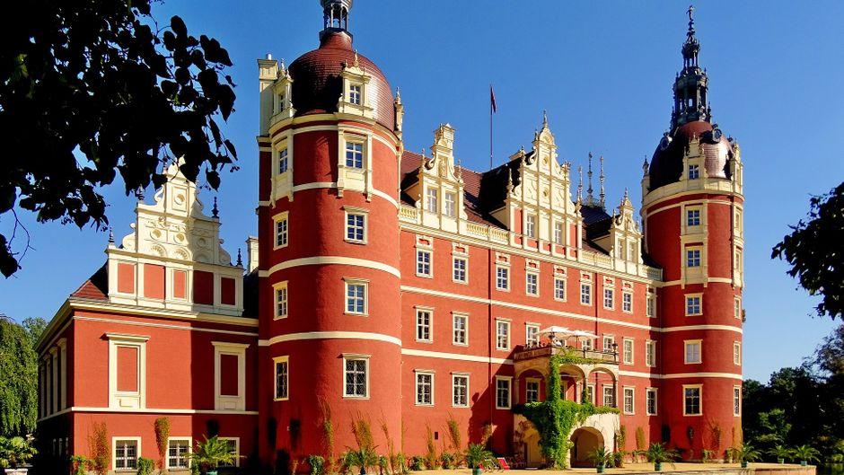 Ein Meisterwerk der Bau- und Gartenkunst in Sachsen: Das Schloss und der Park in Bad Muskau sind seit 2004 eine Unesco-Welterbe-Stätte.