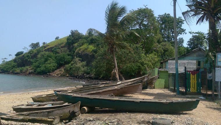 """Praia Nou – """"unser Strand"""" ist Heimat und Lebensmittelpunkt des Fischers Edenilson."""