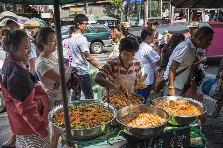 Authentische Thai-Küche aus heißen Wok.