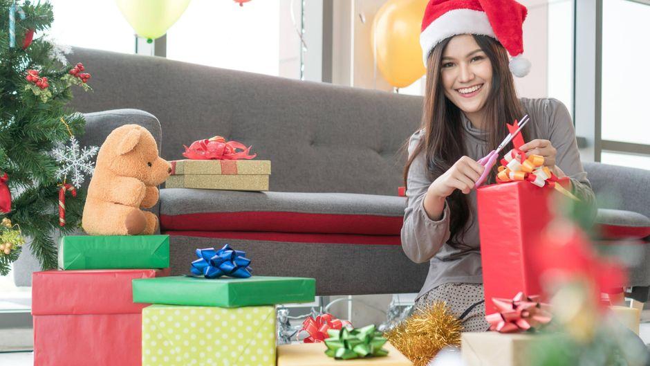 Wir stellen dir tolle Reise-Gadgets vor, die du zu Weihnachten verschenken kannst. (Symbolbild)