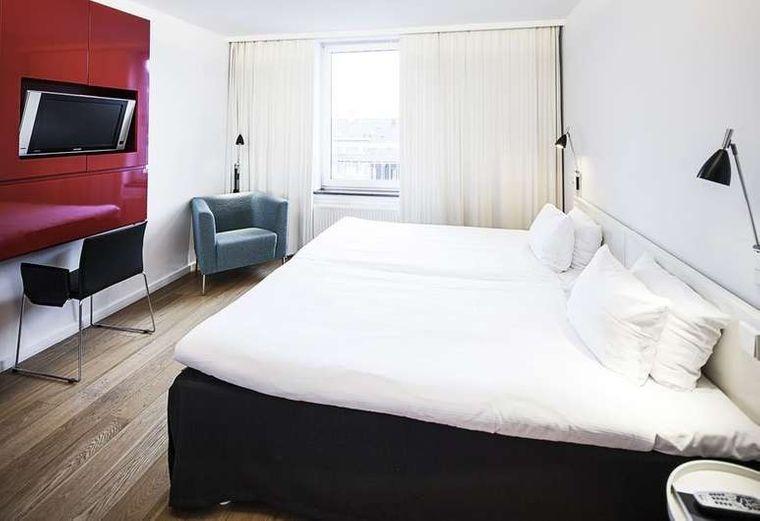 Zimmeransicht First Hotel Twentysevens