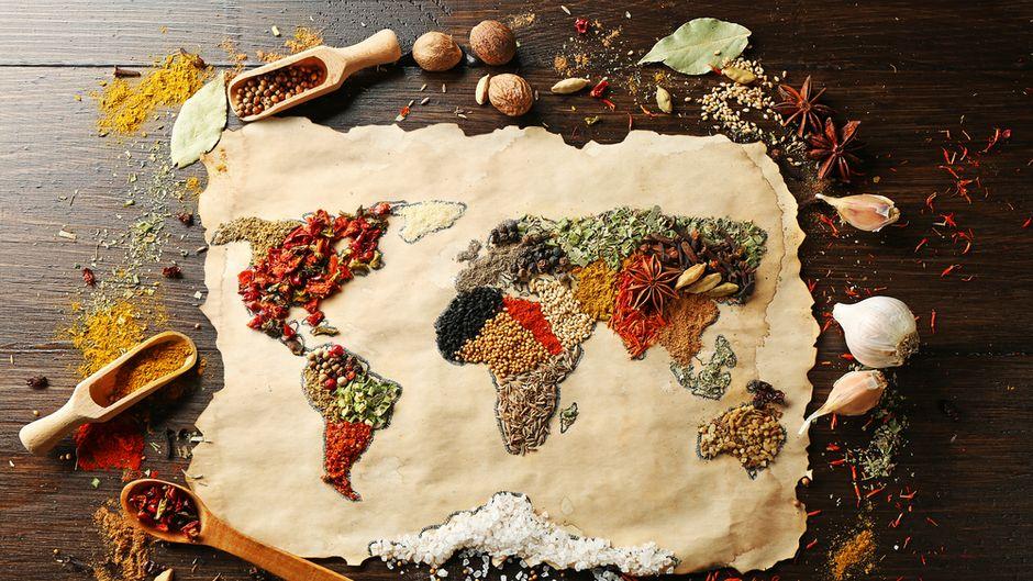 Weltkarte aus Gewürzen