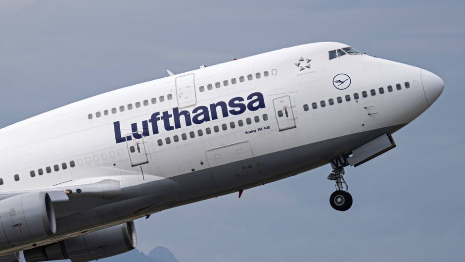 Eine Boeing 747-400 von Lufthansa.