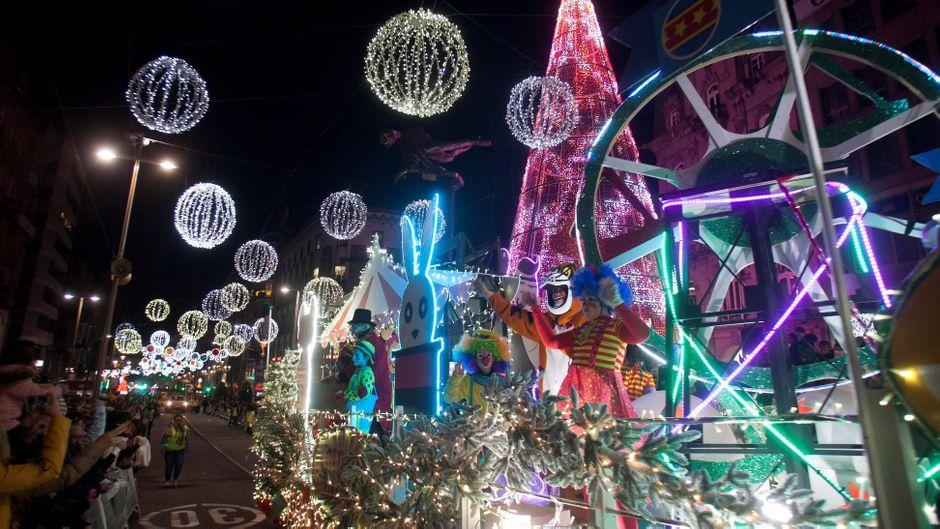 Lichtershow zu Weihnachten in Vigo.