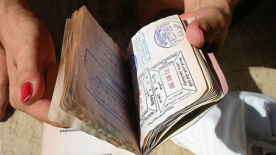 Reisepass mit Visastempeln.