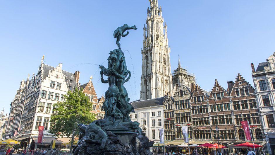 Der Markplatz Grote Markt in Antwerpen