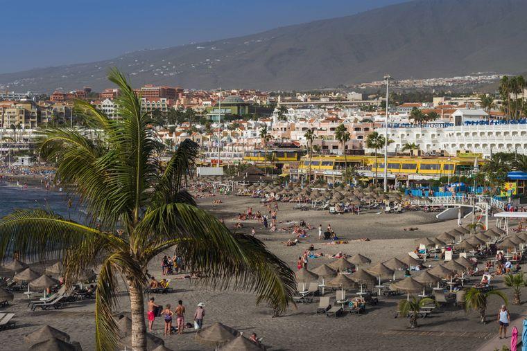 Wassersportler sind genau richtig am Puerto Colón im Süden der Insel.