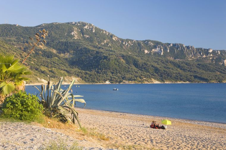 Bucht von Agios Georgios auf Korfu.