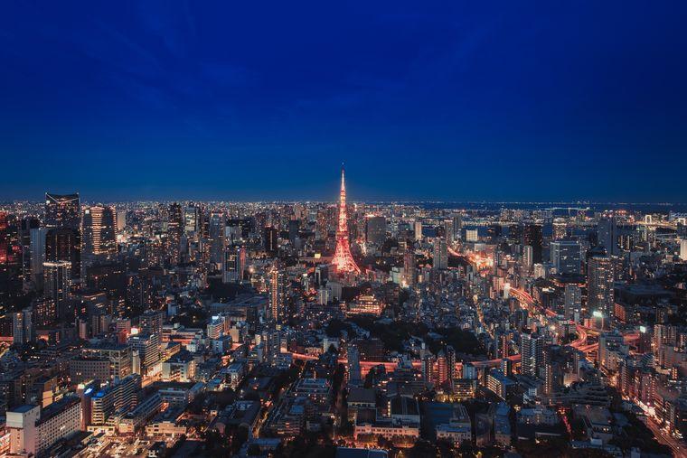 Den Tokyo Tower nachts zu erleben, ist ein echtes Highlight und sollte auf deiner To-Do Liste stehen.